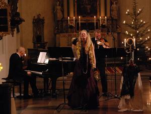 Musikalkonsert i Leksands kyrka med Mikael Dannvik, Sandra Gidlöf och Dan Gidlöf.