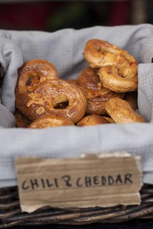 Kryddiga pretzels på Kødbyens Mad & Marked i Köpenhamn.   Foto: Annika Goldhammer