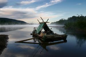 Upptäck Värmland från en timmerflotte och få nya perspektiv på tillvaron.