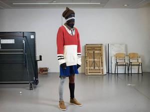 Queer krock. vad händer med den heterosexuelle mannen om han får på sig en kort kjol till annars maskulina plagg? Erik Annerborn undersöker saken i sin kollektion Trans Sport.