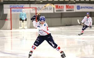 Daniel Burvall–Jonsson gjorde ett mål och en assist mot Sandviken.