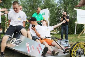 Förarna i Rail-Räcärs färdades i ett trehjuligt fordon tog dem till en tredjeplats.