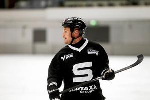 Christoffer Edlund blev tvåmålsskytt i matchen mot Bollnäs.