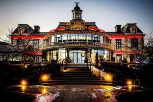 Casino Cosmopol bjuder till dans och musik på juldagen.