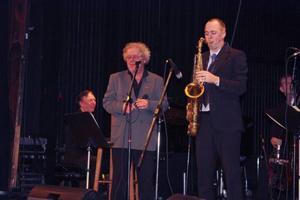 Claes Janson och sextetten bjöd på The best of Ray Charles på Gamla Teatern. Foto: Bernt carlsson