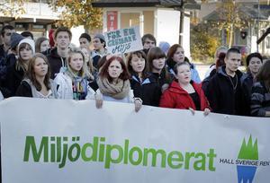 Deltagarna lyssnade uppmärksamt under mötet på Möljen.