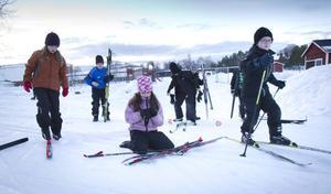 Eleverna på Ede skola siktar på att ta sig fram och tillbaka till Nordpolen på skidor. Det är en sträcka på 630 mil.