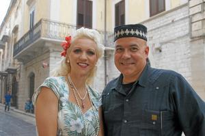 Celebert besök. Let's Dance-Gunhild (Carling) och Larry Franco vid jazzfestivalen i Trani.