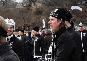 Daniel Mossberg kollar in Nordic Vikings match mot kinesiska landslaget.