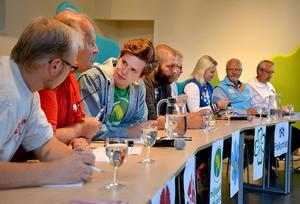 Lokala frågor diskuterades på bred front vid måndagens valdebatt på Bobergsgymnasiet.