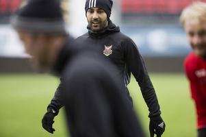 Fotboll Östersunds FK ÖFK träning på Jämtkraft Arena Här en leende Saman Ghoddos