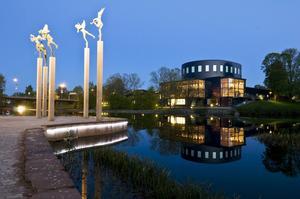 Gävle konserthus, hem för Gävlesymfonikerna. Deras kolleger i Västerås sinfonietta hotas av nedläggning.