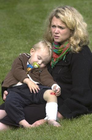 Theo Johansson är fortfarande trött och blek efter huggormsbettet.