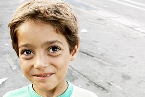 Ward, 8, har leukemi. Han har flytt från Syrien med sin pappa och sina två äldre syskon. Hans mamma är död.