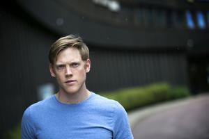 Magnus Rosenback för ordförande för Polisfacket.