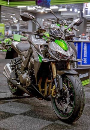 Kawasaki Z 1000 har en brutal look.Foto: Adam Ihse/TT