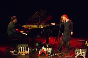 Martin Hederos och Sofia Karlsson