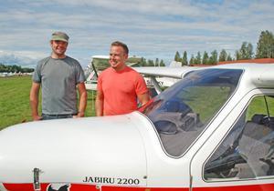 Kristian Wingefors från Karlstad och Mattias Carlsson från Västerås blev kompisar under flyg-in i Siljansnäs.
