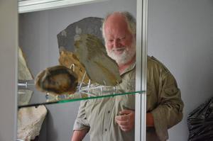 Stenkul. På Kopparbergs Geomuseum, som öppnar på lördag, finns en av Sveriges största meteoriter som väger 230 kg. - Den kostade ungefär lika mycket som en villa i Kopparberg, säger Tom Hoel.