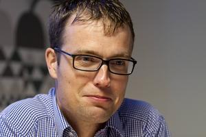 Patrik Stenvard vill fortsätta förhandla med de rödgröna partierna.