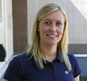 Miljöhandläggare Linda Wilhelmsson ska spana efter gamla miljösynder vid 65 olika grafiska verksamheter i länet varav 31 i Sundvall.