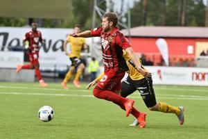 Stefan Karlsson var en av spelarna som skötte sig bäst när ÖFK tog poäng av Elfsborg.