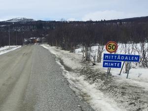 Mittådalen var en av fyra samebyar som förlorade Härjedalsmålet. I Härjedalen har alla samebyar utom Ruvhten Sijte senare slutit avtal med markägarna om vinterbetet.