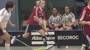Per-Ols med Josefin Sternebäck möter Västerås IBS.
