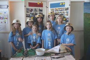 Robot Rescue Team från Härnösand har forskat om pyreld. För det vann de tävlingens forskningspris.