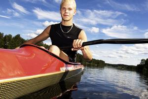 Lovande BKK:are. I augusti väntar NM för kanotlöftet Johan Jönsson från Borlänge. Foto:Stina Rapp