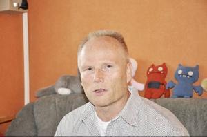Bengt Lindström är kroniskt sjuk, men illa behandlad och utslängd av det försäkringssystem han betalat till i trettio år.