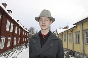 Lagom stad. Veckans 20-åring Jack Samuelsson tycker Västerås är en lagom stor stad, där det finns det mesta han behöver. Han gillar centrum och tycker det är bra med närheten till Mälaren.