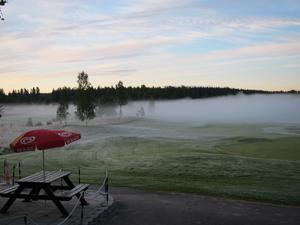 Tidig morgon med frost och dimma på Surahammars Golfklubb