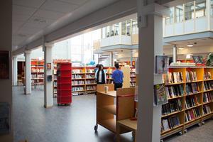 Bessemerskolans nyinvigda bibliotek.