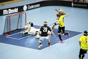 Hagströmskas spelare hade svårt att sätta dit bollarna. Chanser saknades inte.