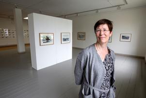 Många idéer. Museichef Birgitta Johansen har många tankar om hur Länsmuseet kan bli mer publikt – och nu har arbetet påbörjats, som här i den nya konstsalen mot Trädgårdsgatan.