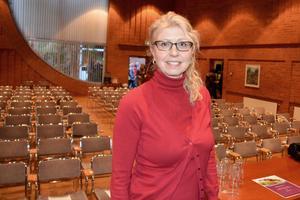 Samhällsanalytikern och sociologen Maria Wallin föreläste på konferensen