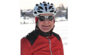 Som cykelhandlare och tävlingsledare blev det si och så med egen fritid för Börje Lindberg. Något som han nu tar igen.