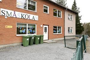 Åre kommun har problem med för små skolor i Duved och Mörsil.
