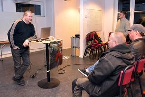 År 2015 startade Stefan Karlsson Hägerman upp nattvandringen i Mora. Två år senare fortsätter verksamheten och nu hjälper man även till i Orsa.
