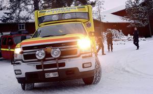 Ambulanssjukvården får kritik för att inte ha tagit med sig en 10-årig pojke, som precis blivit påkörd av en buss, för vård utan i stället skjutsats hem (bilden har inget samröre med artikeln).