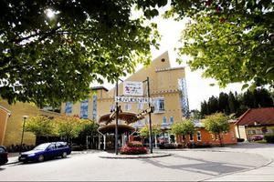 Antalet vårdplatser på Hudiksvalls sjukhus har minskat under sommaren.
