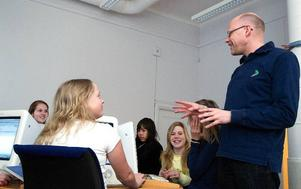 Vill uppmuntra. Fler och fler elever i Falun kommer i kontakt med Framtidspiloterna.