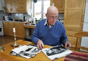 – De här bilderna framkallar en massa minnen hos mig. Det känns tungt och sorgligt, säger Olle Persson.