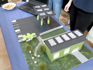En laddningsstation för elbilar tillsammans med en biogasstation föreslår en grupp.