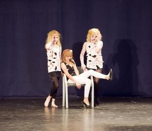 SMÅ STJÄRNOR. Bessemerstjärnor uppträdde till låtar av bland andra Lady Gaga och Linda Bengtzing.