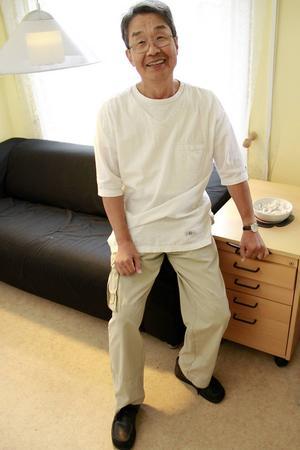 Många möter Yukio i massagekläder – hälsotemat går igen i mycket av det han gör.