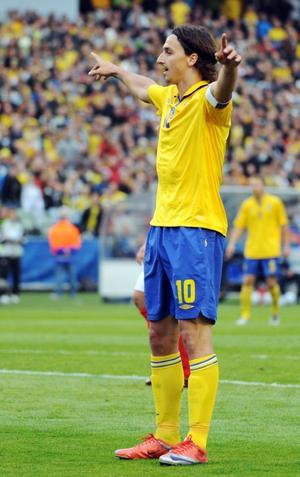 ÖVERBETALD? Zlatan Ibrahimovic är en av de idrottsstjärnor som tjänar över medellön!