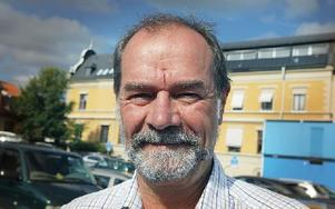 Jonas Hallenberg, 60 år, Falun– Det tycker jag absolut. Foto: Staffan Björklund