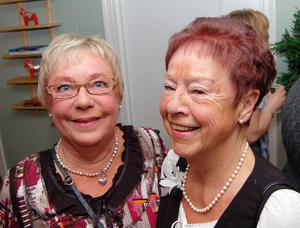 Två forna telefonister från Mora lasarett syntes i minglet, Guje Blomqvist och Birgit Sallman. Birgita började jobba som telefonist på lasarettet 1966 fram till pensionen 1998.